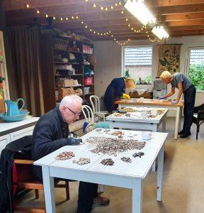 In petit comité aan de slag: thuiswerkgroep Groesbeek